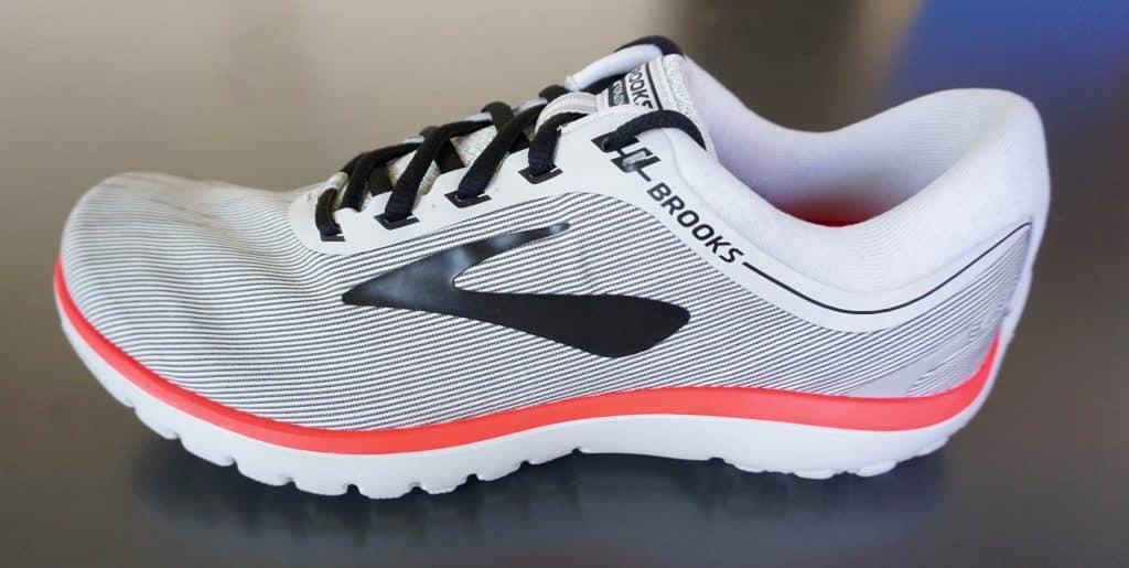 Laufschuh-Modelle 2018 Brooks PureFlow 7 Frauenmodel (Änderung vorbehalten)
