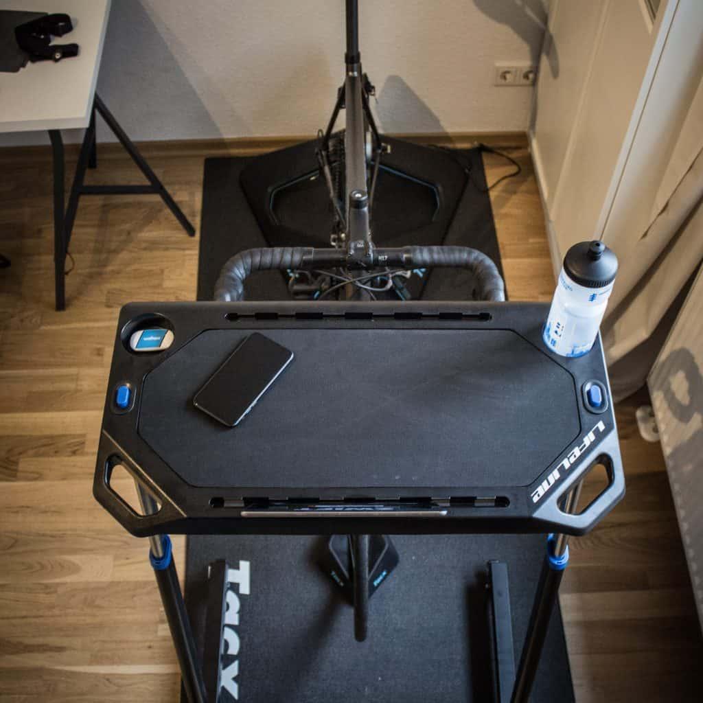 LifeLine Trainingstisch im Test: Eine Wahoo Cycling Desk